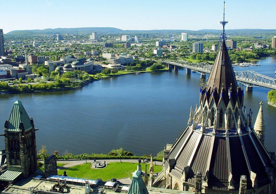 Long-Distance Moving – Toronto to Ottawa
