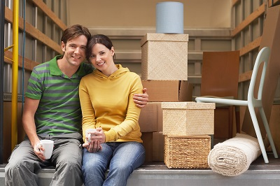 4 Reasons to Hire a Moving Company With Storage Facilities